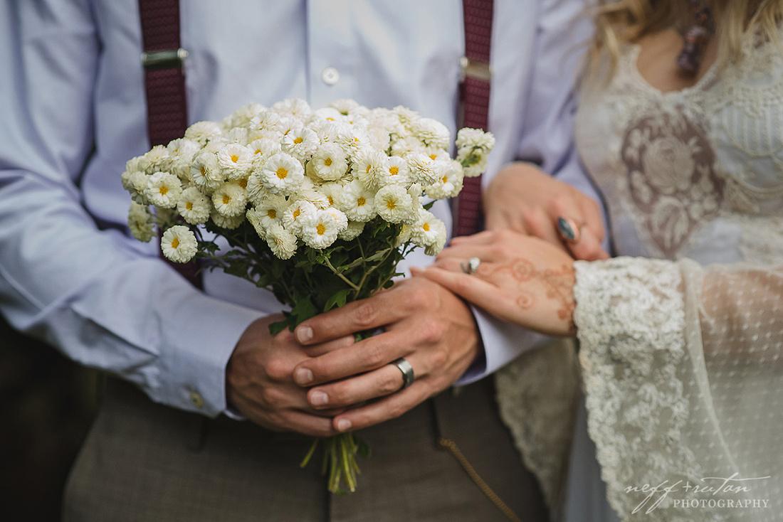 akron ohio chris rutan photography oneil house wedding photos bridal outdoor wedding bed and breakfast inn vintage o neil o'neil the