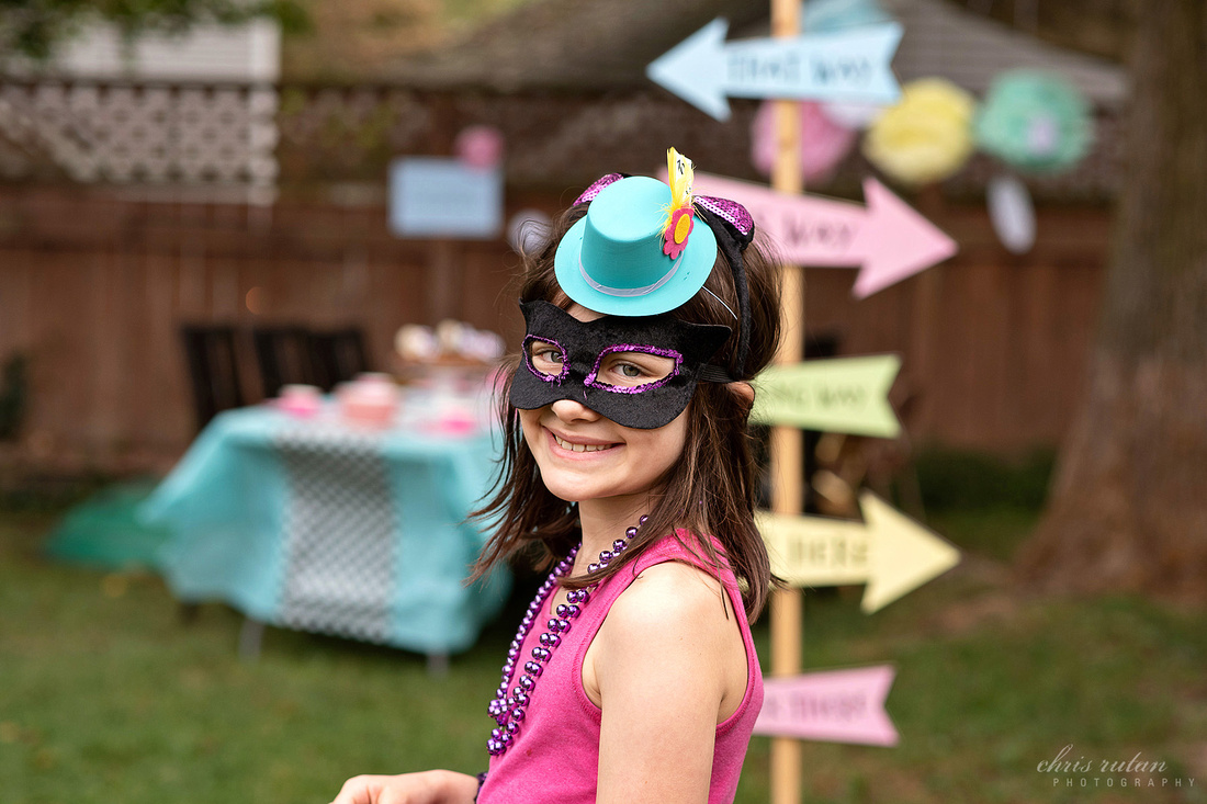 Alice in wonderland handmade hand made party crafts crafting birthday girl mad hatter tea party