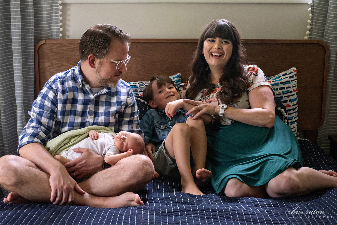 akron newborn new born life style lifestyle photography photographer ohio oh chris rutan portrait children family kids baby