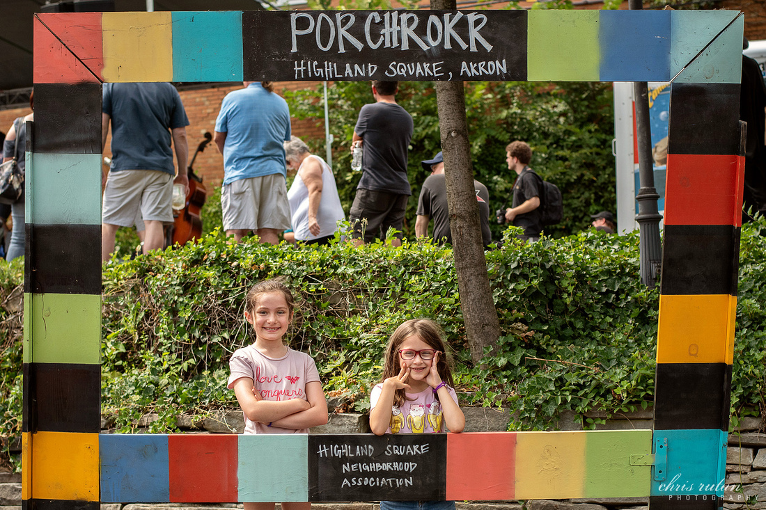 porchrokr porch rocker akron ohio 2020 2019 photography highland square highland square west market street chris rutan photography